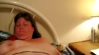 Old BBW Wanda Masturbates with Dildo