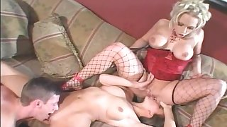 Fascinating threeway with bombastic Nikki Hunter plus Kelly Kline