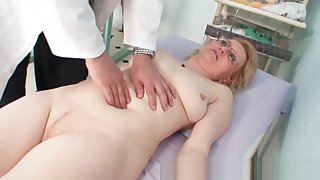Blond milf wears glasses and succeed in milky search
