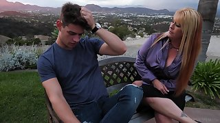 Mom's crush friend Joclyn Stone gives a good blowjob coupled with rides a dick