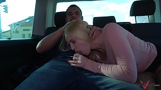 Picked up whorish Black is ready to ride fat cock above the backseat