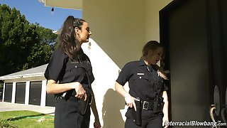 Good female cop Eliza Ibarra enjoying some hot blowbang session